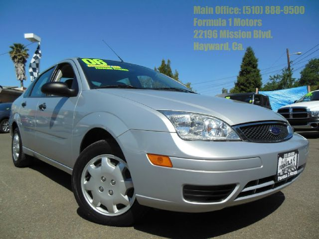 2006 FORD FOCUS ZX4 SE silver 20l 16v automatic zx4 se very clean low miles 2 wheel drive4 doo