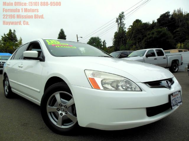 2005 HONDA ACCORD WITH NAVIGATION white 30l v6 automatic hybrid navigation leatherheated s