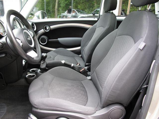 Image 11 of 2007 MINI Cooper 2dr…