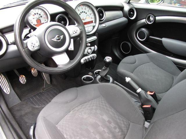 Image 23 of 2007 MINI Cooper 2dr…