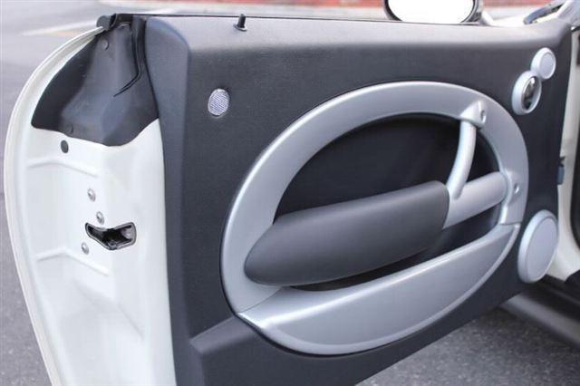 Image 4 of 2005 MINI Cooper Hatchback…