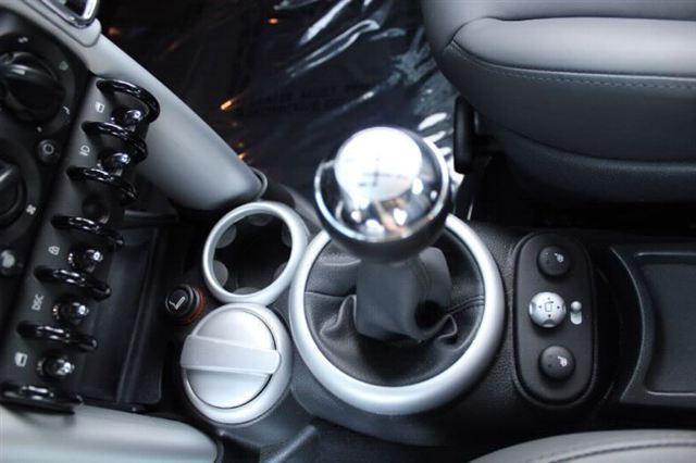 Image 11 of 2005 MINI Cooper Hatchback…
