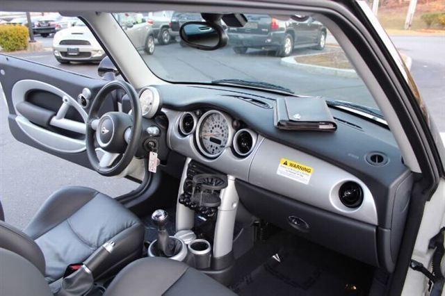 Image 14 of 2005 MINI Cooper Hatchback…
