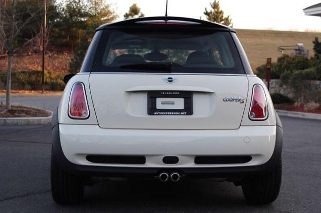 Image 28 of 2005 MINI Cooper Hatchback…