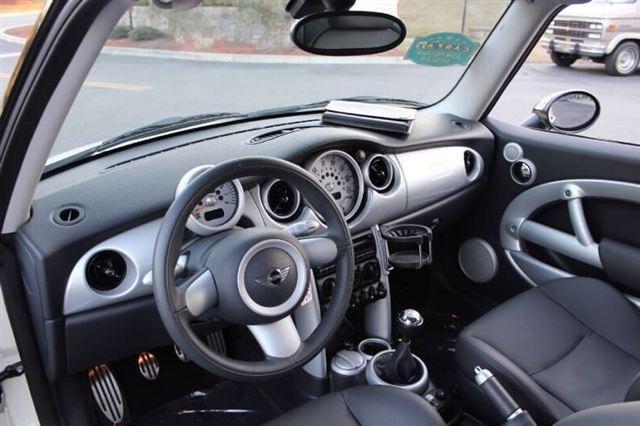 Image 30 of 2005 MINI Cooper Hatchback…