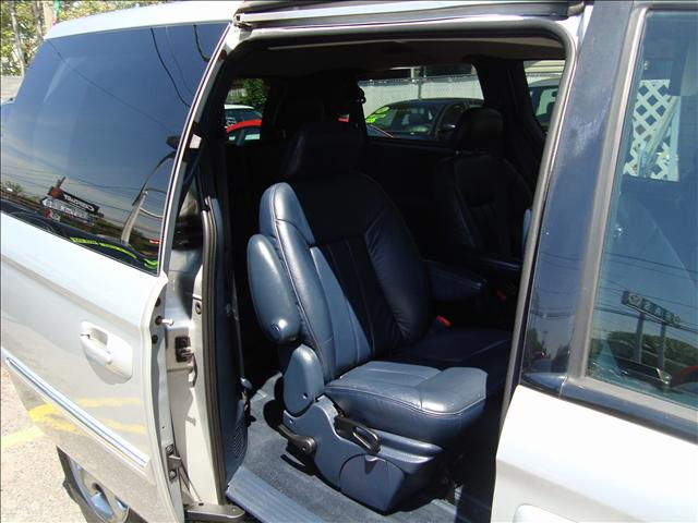 Image 3 of 2001 Dodge Grand Caravan…