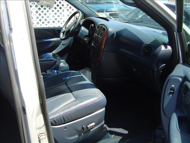 Image 9 of 2001 Dodge Grand Caravan…