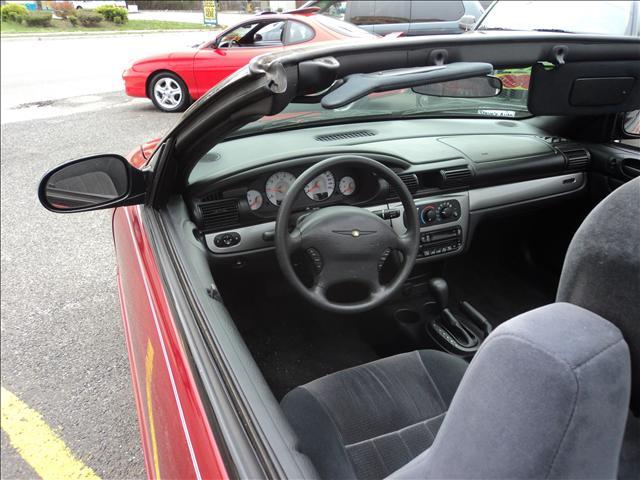 Image 4 of 2004 Chrysler Sebring…