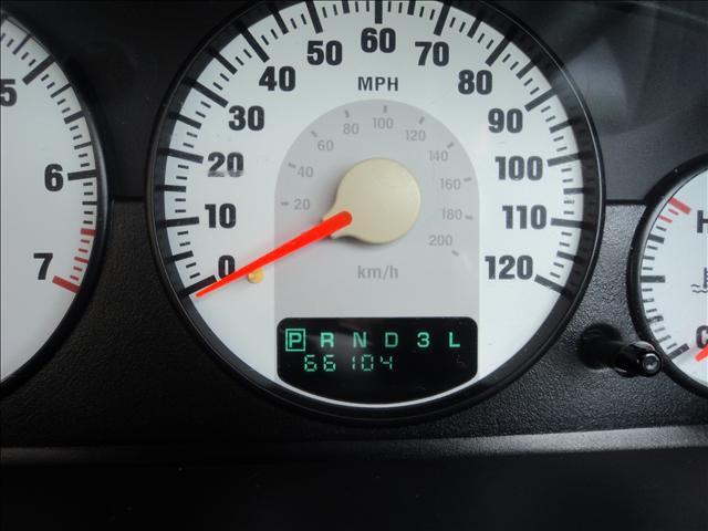 Image 5 of 2004 Chrysler Sebring…