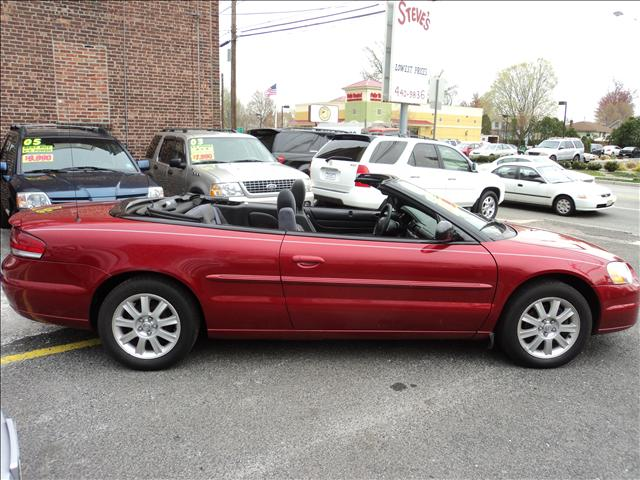 Image 8 of 2004 Chrysler Sebring…