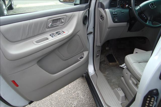 Image 3 of 2002 Honda Odyssey EXL-RES…
