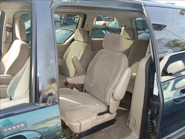 Image 3 of 2001 Ford Windstar SE…
