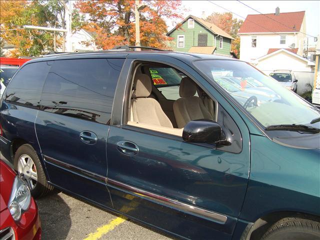 Image 12 of 2001 Ford Windstar SE…