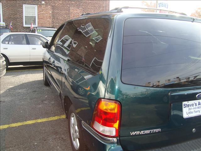 Image 14 of 2001 Ford Windstar SE…