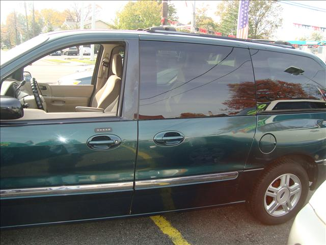 Image 16 of 2001 Ford Windstar SE…