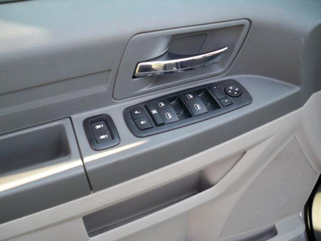 Image 2 of 2008 Dodge Grand Caravan…
