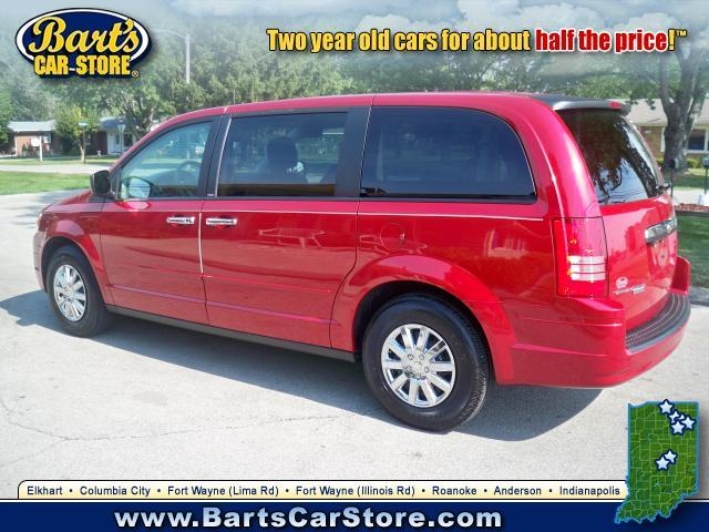 Image 7 of 2008 Chrysler Town &…