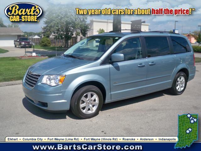 Image 4 of 2008 Chrysler Town &…