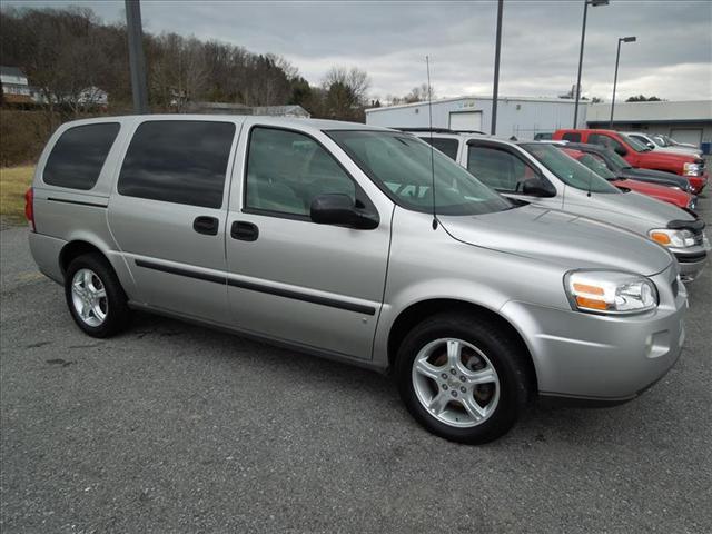 Image 1 of 2008 Chevrolet Uplander…