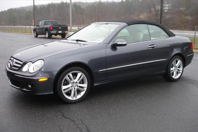 Image 1 of 2008 Mercedes-Benz CLK…