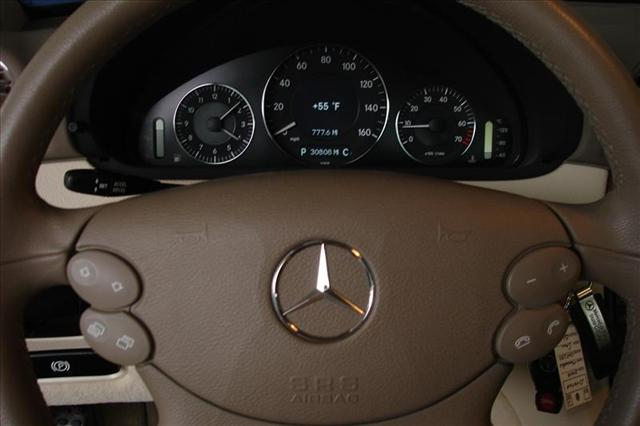 Image 9 of 2008 Mercedes-Benz CLK…