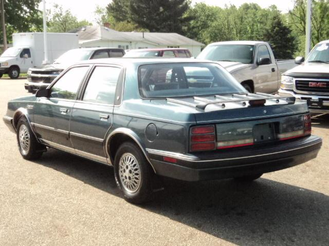 used 1992 oldsmobile cutlass ciera for sale 22155 state st route 62 alliance oh 44601 used. Black Bedroom Furniture Sets. Home Design Ideas