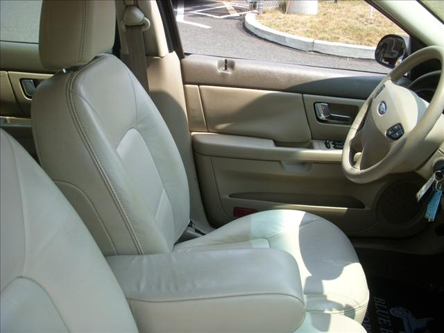 Image 10 of 2000 Ford Taurus SE…