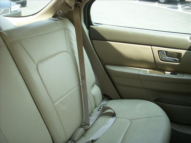 Image 16 of 2000 Ford Taurus SE…