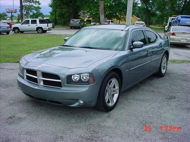 Used 2006 Dodge Charger For Sale 2000 W Colonial Dr