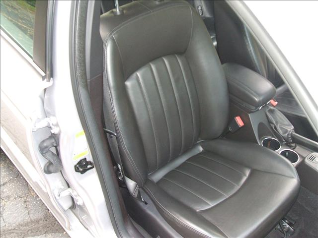 Image 4 of 2005 Jaguar X-Type SE…