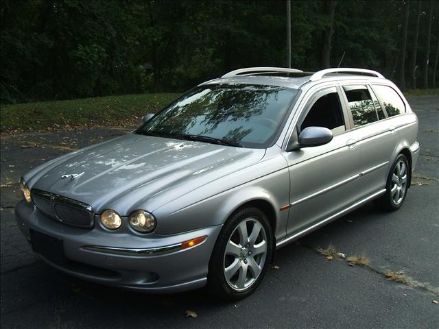 Image 6 of 2005 Jaguar X-Type SE…
