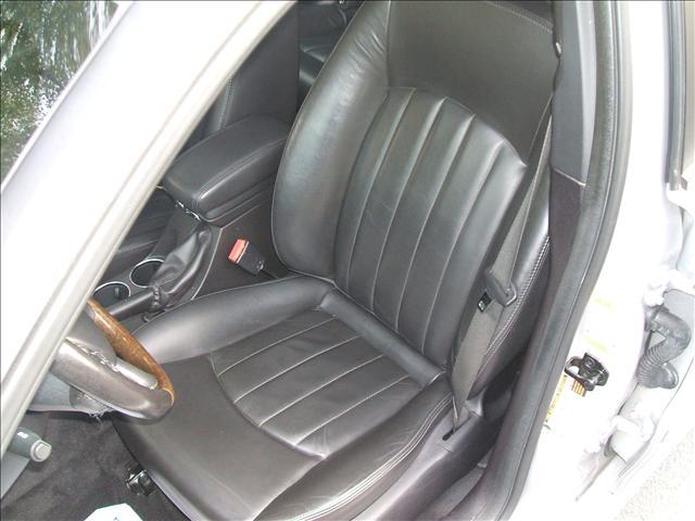 Image 11 of 2005 Jaguar X-Type SE…