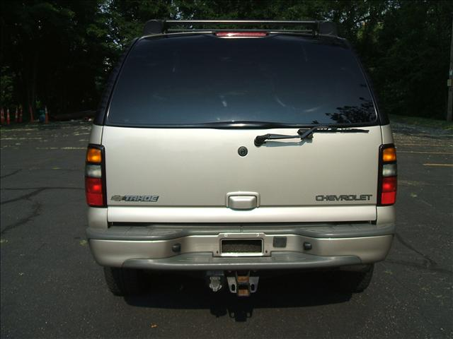 Image 10 of 2005 Chevrolet Tahoe…