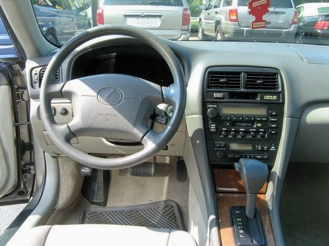 1999 Lexus ES 300