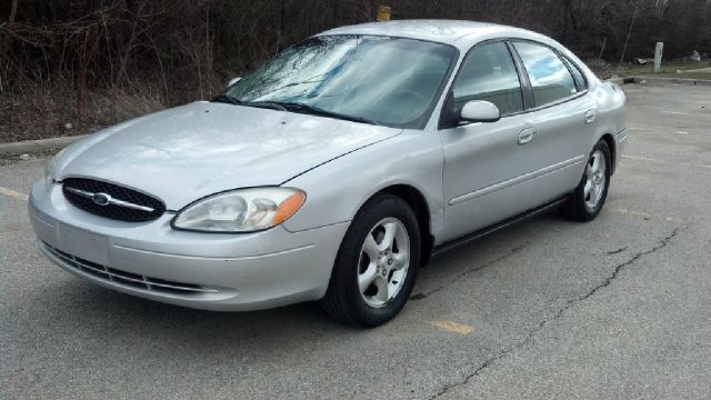 2003 Ford Taurus - Crystal Lake, IL