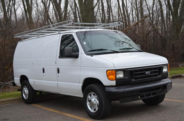 2005 Ford Econoline - Crystal Lake, IL
