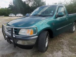 1998 Ford F150 XLT Reg. Cab Short Bed 2WD - HOUSTON TX