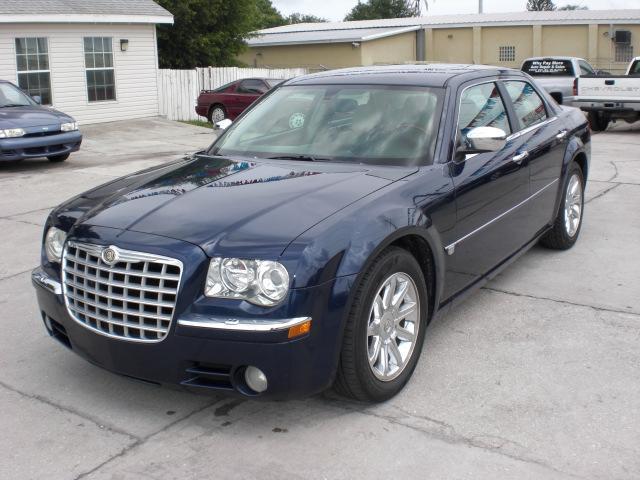 2005 Chrysler 300c 5620 15th St E Bradenton Fl 34203