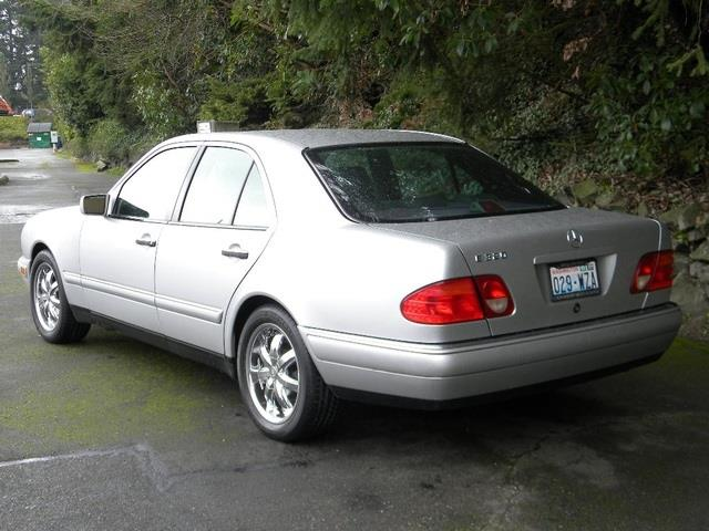 1998 Mercedes-Benz E-Class E320 - FEDERAL WAY WA