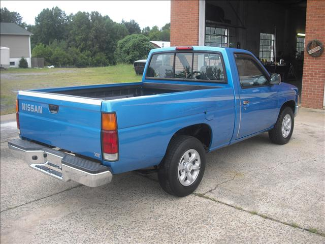 1997 nissan pickup base 4 cylinder blue 1n6sd11s4vc309363. Black Bedroom Furniture Sets. Home Design Ideas