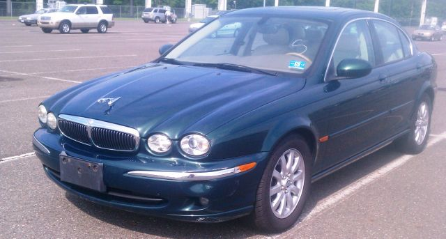 2003 Jaguar X-Type 2.5 AWD Lether, Sunroof - Passaic NJ