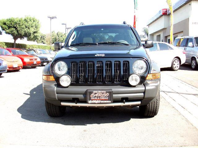 2005 Jeep Liberty Renegade 4WD - CHULA VISTA CA