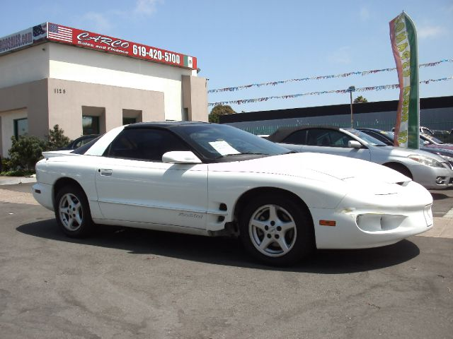 2001 Pontiac Firebird  - CHULA VISTA CA