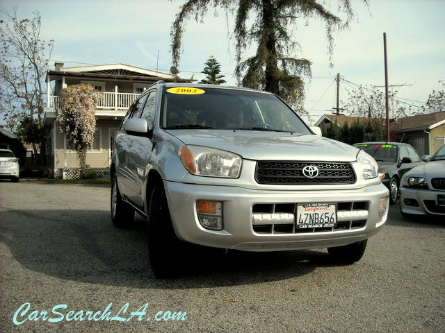 2002 TOYOTA RAV4 2WD silver clean title no accidents clean carfax   private party special 2002
