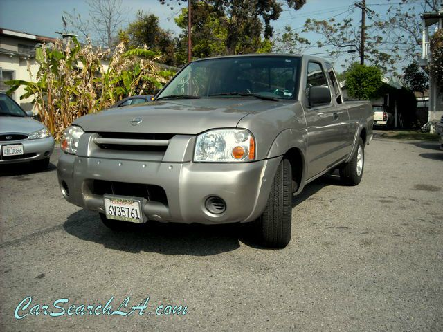 2002 NISSAN FRONTIER XE-I4 KING CAB 2WD champaign clean title clean carfax no accidents  privat