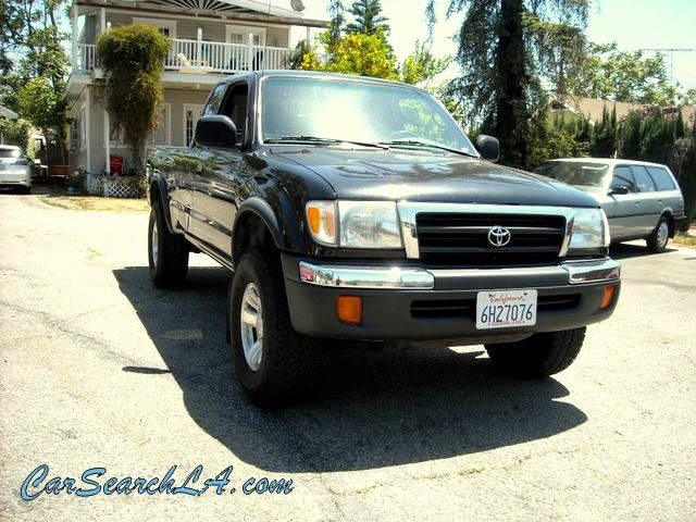 2000 TOYOTA TACOMA PRERUNNER XTRACAB V6 2WD black clean title clean carfax no accidents  privat