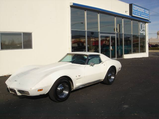 1976 CHEVROLET CORVETTE COUPE white all power equipment on this vehicle is in working order  this