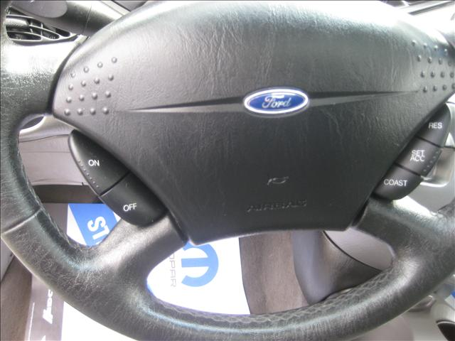 Image 4 of 2001 Ford Focus ZX3…