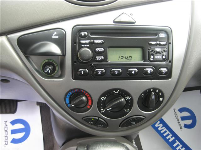 Image 5 of 2001 Ford Focus ZX3…