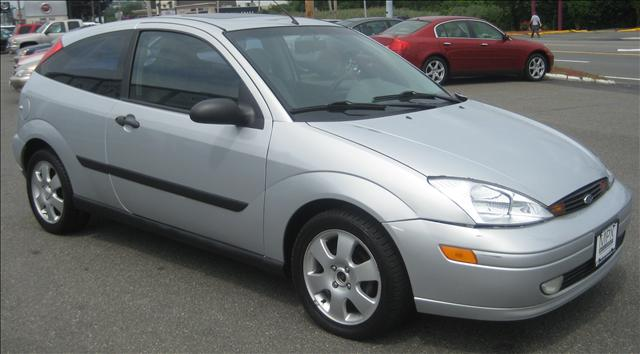 Image 16 of 2001 Ford Focus ZX3…
